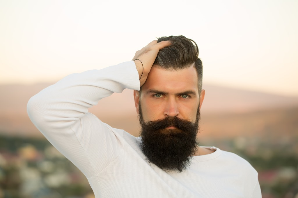 What is the Best Beard Comb? Top 5 Beard Combs